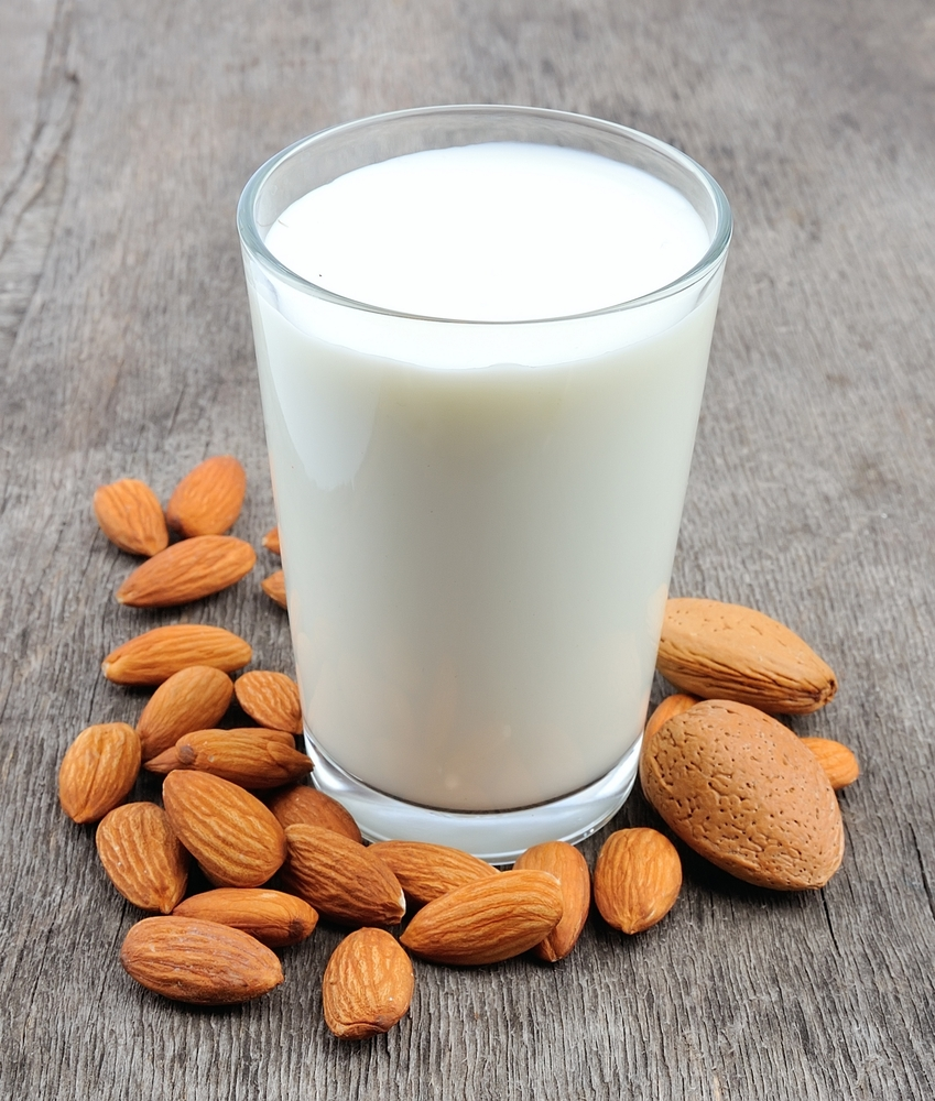 organic almond milk, 6 organic homemade snack ideas, organic food tips