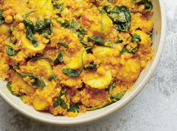 Chickpea-quinoa-and-turmeric-curry-recipe